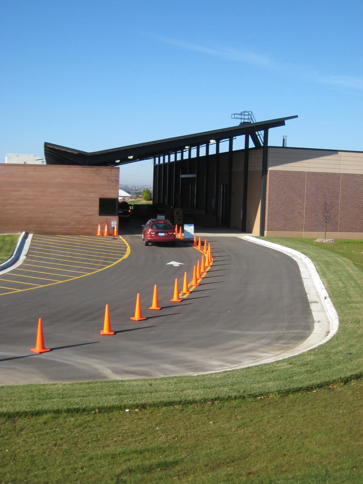 WCEC Drop-off lane